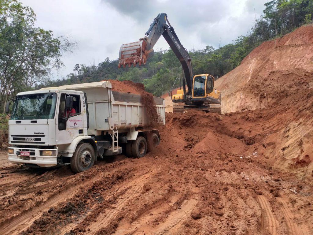 Terraplanagem para a empresa Bemisa na cidade de Antônio Dias